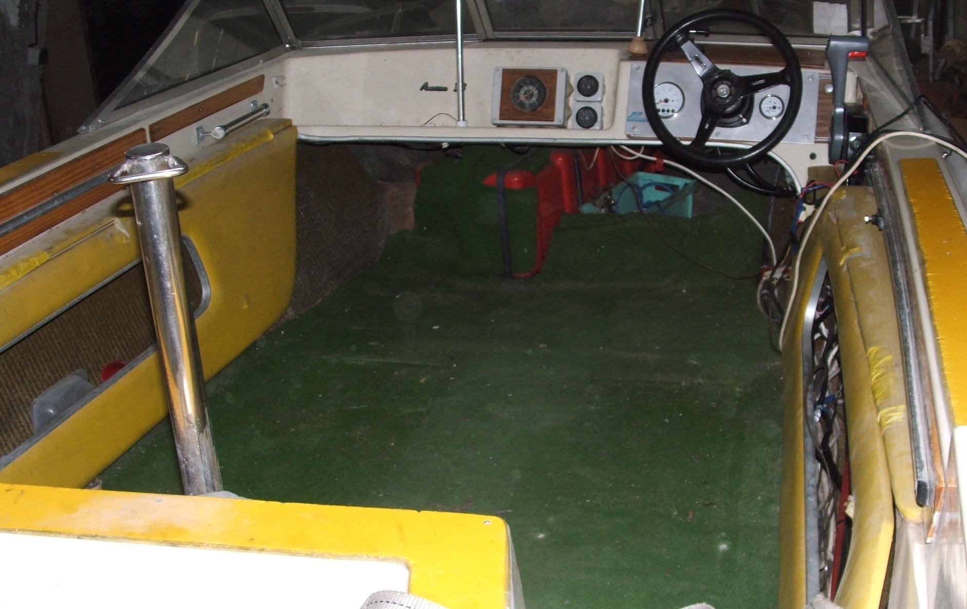 Quelle peinture pour cockpit discount marine for Quelle peinture pour plastique