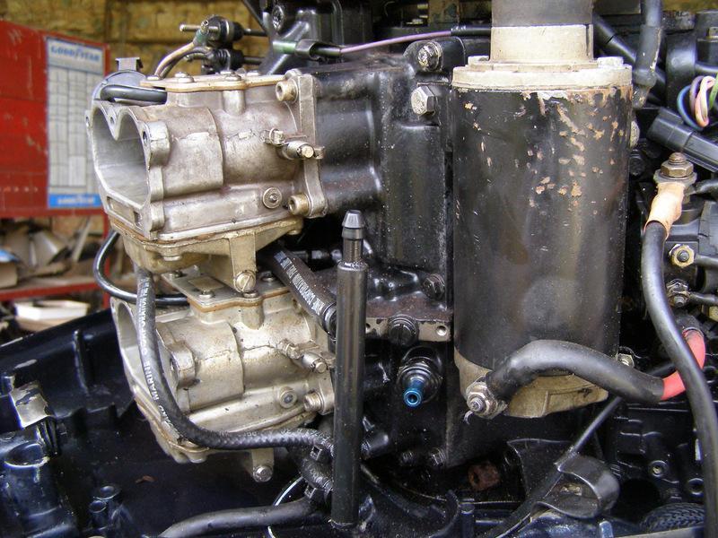 les forums  remplacement pompe essence moteur jonhson 90