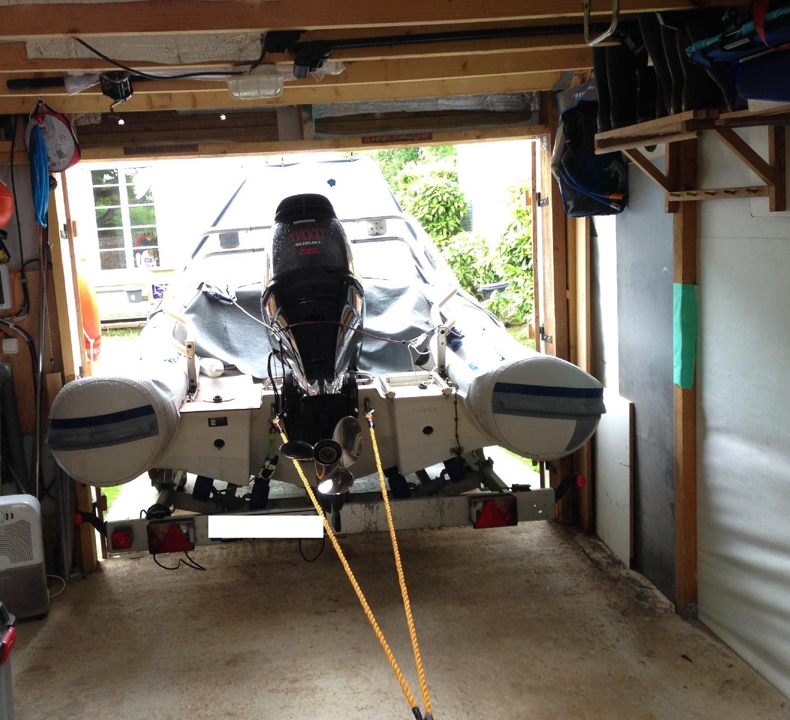 bateau garage